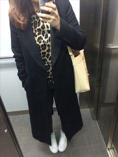 Manteau H&M haut Zara sac Love From Cyprus Stan Smith mid
