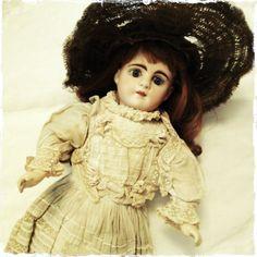Victorian, French, Antique, Dolls, Blog, Dresses, Fashion, Spinach Salads, Baby Dolls