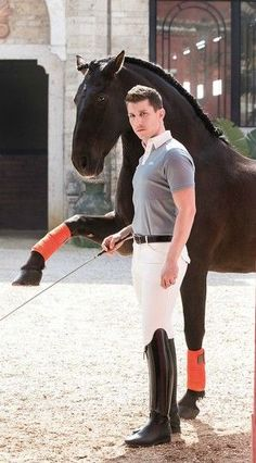 The most important role of equestrian clothing is for security Although horses can be trained they can be unforeseeable when provoked. Riders are susceptible while riding and handling horses, espec… Men's Equestrian, Equestrian Outfits, Equestrian Fashion, Horse Riding Boots, Horseback Riding Outfits, Mens Golf Outfit, Dark Men, Sailing Outfit, Glamour
