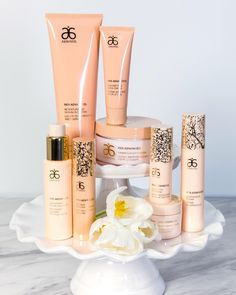 All together now! RE9 Advanced® features ingredients that help firm and tone from your face all the way down to your heels. #Arbonne #RE9Advanced #ArbonneSkincare #Vegan #GlutenFree #VeganSkincare