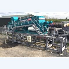 Goldfield wash plant with sluice boxes and conveyor system