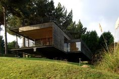 Casa Reutter by Architect Mathias Klotz - http://freshome.com/2009/09/01/casa-reutter-by-architect-mathias-klotz/