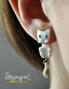White Cat Clinging Earrings  blue eyes by Sisunyak on Etsy