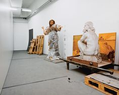 PROJECTS: Skeletons in the closet | Klaus Pichler