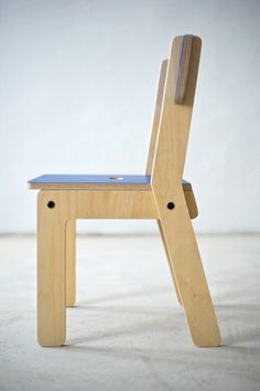Kinkeli-sit kids chair, barnestol — KINKELIANE