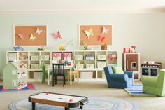 Pottery Barn Kids has outfitted the Kids' Club at The Loews Coronado Bay Resort and Spa. There are supervised activities for children ages 4 to 12 including magic tricks, sandcastle building, GPS-led scavenger hunts, and more. From lending libraries of games to the Kids Camp, Loews has everything to make family travel a pleasure. There's also activities that appeal to hard-to-please teens and tweens - from music download cards to the Teen Lounge. #WorldsBestHotels2014
