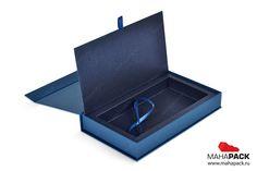 Велкомпак коробка-книжка для пластиковой карты и брошюры под заказ   Велкомпак для банковской карты, упаковка бизнес, производство подарочных коробок   Mahapack.ru - изготовление индивидуальной упаковки