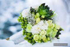 Znalezione obrazy dla zapytania zielony bukiet ślubny