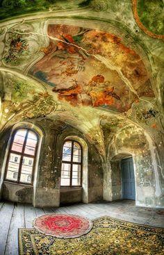 Abandoned Castle in Poland, photo by Patrycja Makowska