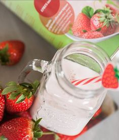A PREMIUM DIET olyan termékcsalád, melynek termékei egy komplex fogyókúraprogram részét képezik. A termékek speciális gyógyászati célra szánt tápszerek, melyekből különböző ízesítésű, ízletes shake-ek készíthetőek. Izu, Shake, Mason Jars, Mugs, Tableware, Smoothie, Dinnerware, Tumblers, Tablewares