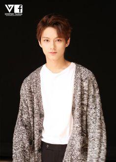 Jun 준 of Seventeen 세븐틴