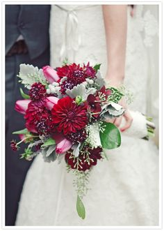 deep pink and fuchsia bouquet
