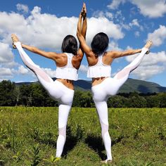 The @chintwins shining in our Coast Legging and Motion Bra ✨ #aloyoga
