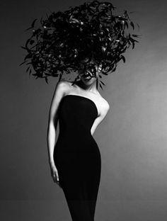 photo by Yasunari Kikuma, headdress by Philip Treacy Fashion Art, Editorial Fashion, Gothic Fashion, Victorian Fashion, Fashion Fashion, Philip Treacy Hats, Feather Hat, Wearing A Hat, Love Hat