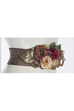 CINTURON FLORES (MARSALA) Textiles, Wedding Wishes, Marsala, Embellished Belts, Fashion Details, Sash, Beading Ideas, Beads, Womens Fashion