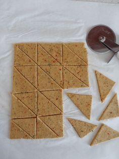 Doritos Taste Chips Recipe - Doritos Tadında Cips Tarifi – Doritos Tadında Chips Recipe – the the - Doritos, Green Curry Chicken, Red Wine Gravy, Chocolate Diy, Scones Ingredients, Smoked Fish, Flaky Pastry, Mince Pies, Sweet Pastries