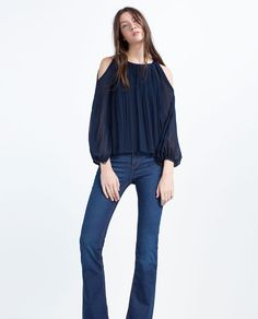 Image 2 of PLEATED TOP from Zara