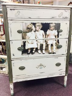 Vintage Market Mall and Salvage used #DixieBellePaint newest colors Vintage Duck Egg and Spanish Moss with Drop Cloth. Creating beauty with chalk paint
