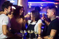 Propósito de Año Nuevo: disfrutar más de los pequeños detalles. #amigos #risas #comida y #dardos . #theteam #theteamblue #winners #dardos #viladecans #barcelona #recetas #delicious #healthy #eat #restaurante #food #bartender #barman #barcelona #cocteleria # juego #dardos #diana #competicion #viladecans #barna #amigos #comida #hamburguesa #cocktail #cerveza