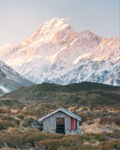 12 Must See Places On The South Island Of New Zealand - Renee Roaming Nz South Island, New Zealand South Island, Mount Cook New Zealand, Visit New Zealand, New Zealand Travel, Oh The Places You'll Go, Places To Travel, Travel Destinations, Kayak Pictures