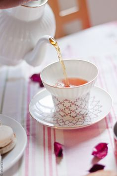 Tea Time with Emma  Get your Roleaf #tea with 10% off using our discount code '10Roleafpin' on www.roleaf.com.