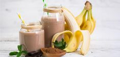 Craving a tasty milkshake during your cleanse? Sip on this chocolate banana smoothie to satisfy your sweet tooth. Banana Protein Smoothie, Lactation Smoothie, Smoothie Packs, Healthy Smoothies, Smoothie Recipes, Whey Protein, Chocolate Banana Smoothie, Protein Recipes, Gastronomia