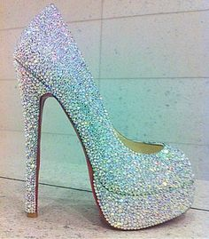 Crystal heels - oh my! Bedazzled Shoes, Heeled Boots, Shoe Boots, Stiletto Pumps, Pumps Heels, Diamond Are A Girls Best Friend, Wedding Shoes, Wedding Stuff, Wedding Ideas