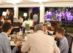 Un viaggio in grado di coinvolgere tutti i sensi con un solo denominatore comune: passione. club.royalpaestum.it www.paribiosteria.it www.royalpaestum.it
