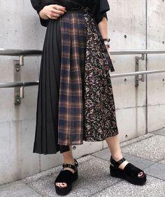 Skirt Fashion, Hijab Fashion, Korean Fashion, Fashion Outfits, Womens Fashion, Full Skirts, Effortless Chic, Fashion Models, Fashion Trends