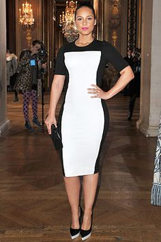 Alicia Keys in black & white Stella McCartney
