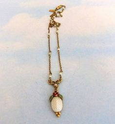 Signed 1928 Rose Faux Pearl Pendant Necklace by ediesbest on Etsy, $12.95