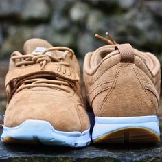 Mehr Bilder auf www.3komma43.com  #shoes #shoe #kicks #sneakers #sneaker #sneakerhead #sneakerheads #instashoes #soleonfire #nicekicks #sneakerfreak #fashion #swag #fresh #sneakerinhand #sneakersinhand #3komma43 #review #nikesb #trainerendor #premium #trainerendorpremium #skateboarding #skateshoes