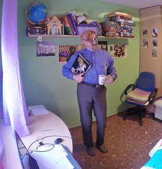 """Según @manolocortesm, """"Como en la casa de uno, no se estudia en ningún lado."""" #selfieuned Home, Teachers, Studio, Reading"""