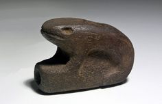 Prehistoric Stone Pipe, Frog Form, ex-Museum : Lot 169