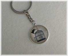 Schlüsselanhänger - 1 Schlüsselring Anhänger groß - befreiter Vogel - ein Designerstück von die-deko-werkstatt bei DaWanda