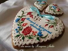 Hungarian Cake, Paint Cookies, Cupcakes, Cake Pop, Royal Icing, Cookie Decorating, Gingerbread Cookies, Pastries, Tart