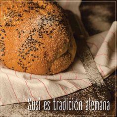 #SusiPanaderíaArtesanal abrió sus puertas hace treinta años para deleitarte, cuando #Susi regresó de Alemania después de graduarse de panadería y repostería. ¡ #Susi es tradición alemana! Visítanos en www.susi.com.co