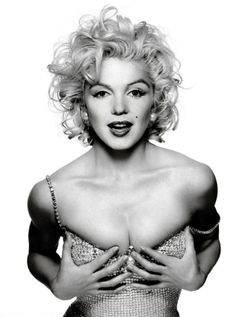 Marilyn- Timeless beauty. Doesn't this pic look like it could be current?