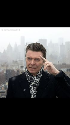 New David Bowie picture!