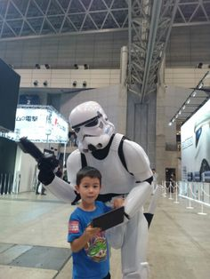 My older son meets a Storm Trooper at #TGS2015