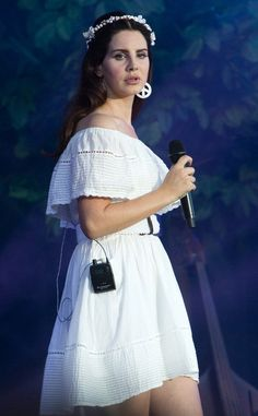 Lana performing at 'Vieilles Charrues' Festival, Carhaix, France (July 18, 2016)