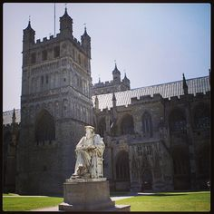#RichardHooker statue at #Exeter #Cathedral. #Anglican #Reformation #Elizabethan. Photo by @sparrow_tweets