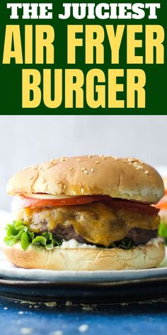 In this post you will learn how to make juicy hamburgers in your air fryer from frozen or fresh beef or turkey patties. Made in little time, this recipe is very easy and will pair Air Fryer Oven Recipes, Air Frier Recipes, Air Fryer Dinner Recipes, Easy Dinner Recipes, Easy Meals, Holiday Recipes, Hamburger And Fries, Hamburger Recipes, Juicy Hamburger Recipe