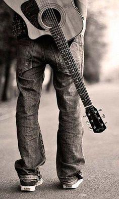 ~ Guitar ~ great senior picture!!! :)