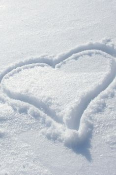 I love snow. And snow loves me. I Love Snow, I Love Winter, Let It Snow, Winter White, Snow White, Snow Scenes, Winter Scenes, Winter Magic, I Love Heart