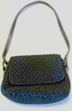 Liz Claiborne Hand/Shoulder Bag Purse Black Crochet Fully Lined  #LizClaiborne #SmallShoulderBag