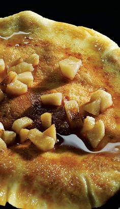 Omelette soufflée aux pommes, à la cannelle et à l'érable