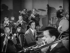 "Glenn Miller LIVE - ""In The Mood"" - '41 - HQ"