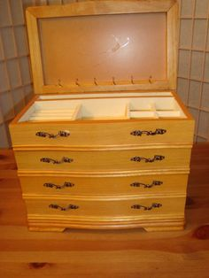 Solid Oak 4 Drawer Wood Jewelry Box W/Back Necklace Hanging Section