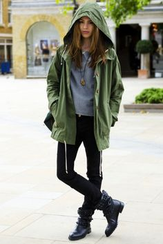 casual rainy day outfit, oversized hood